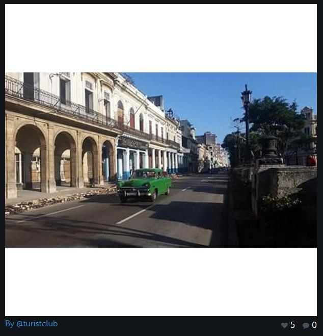 Calator pe strazile din Havana